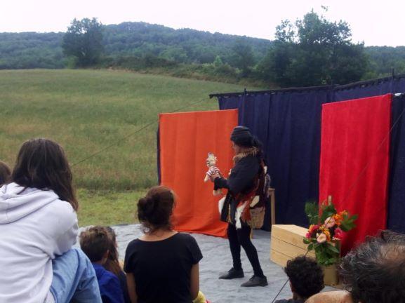 roulott'spectacles 2021. theatre de la terre. montbel ariège