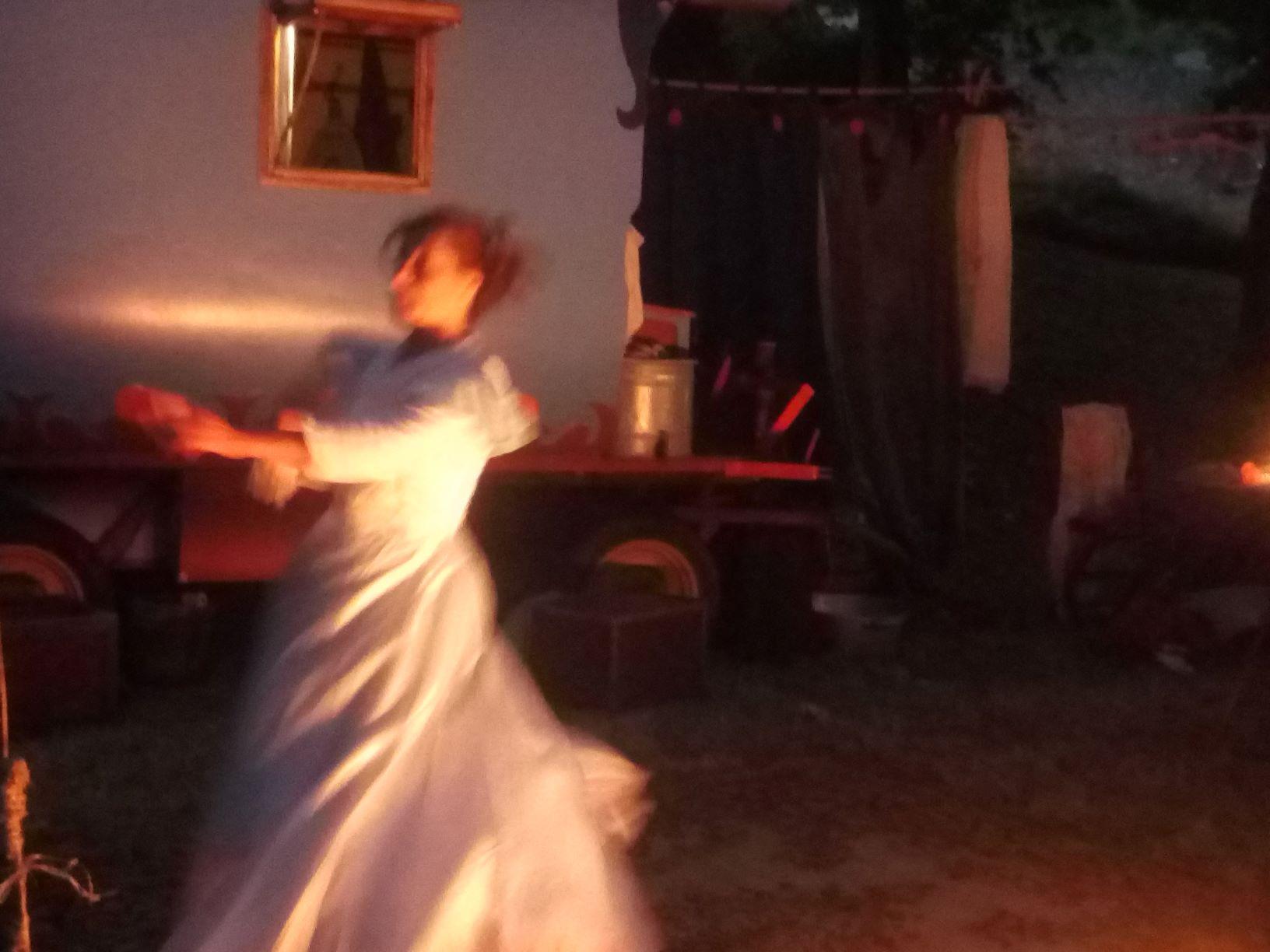 roulott'spectacles Tarascon théâtre de la terre ariège