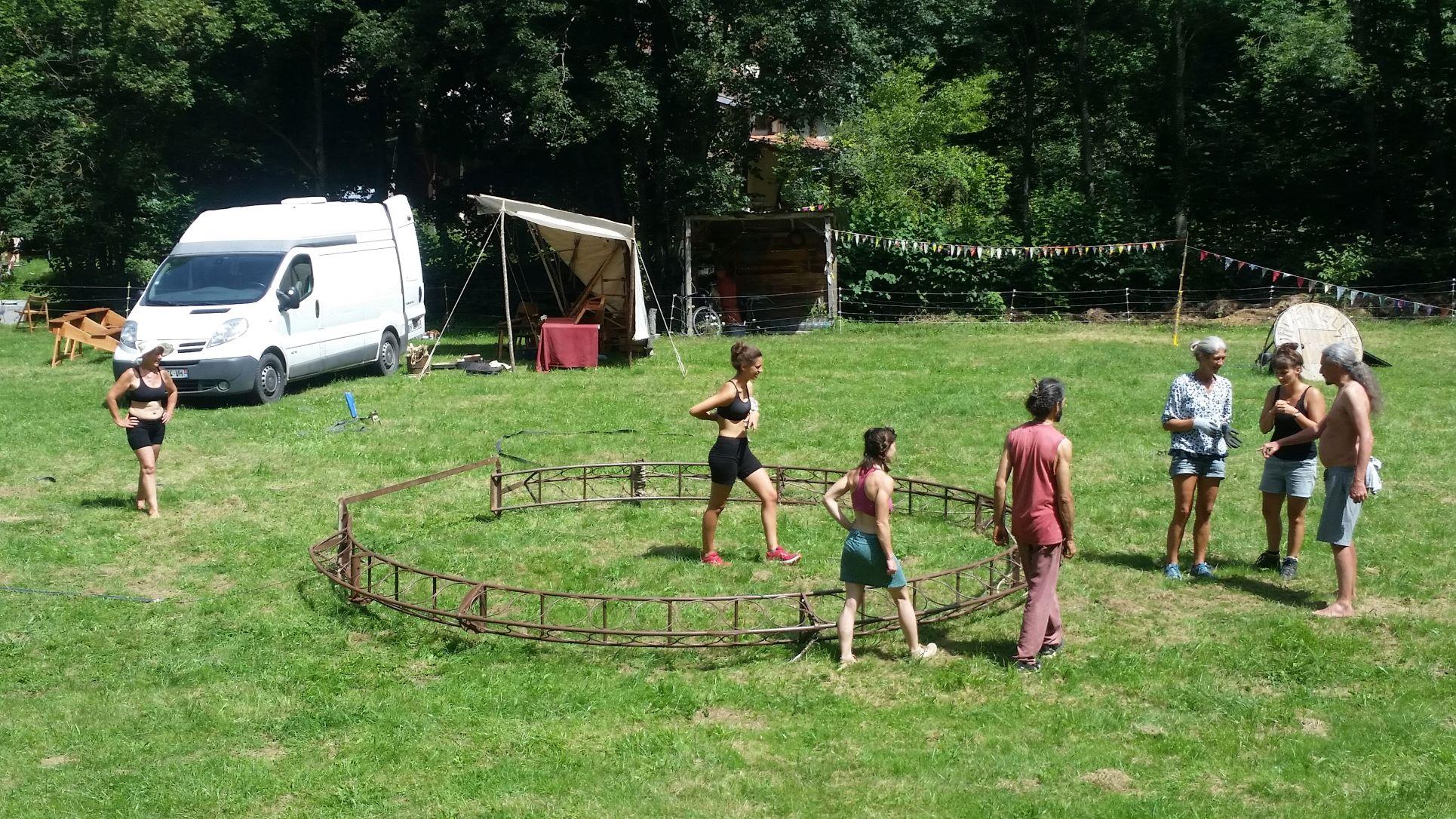roulott'spectacles 2021 théâtre de la terreroquefixade fond de la coste ariège